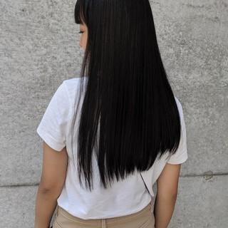 前髪パッツン ロング 黒髪 前髪 ヘアスタイルや髪型の写真・画像