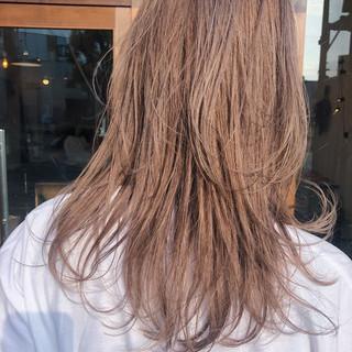ミルクティーベージュ ナチュラル 簡単ヘアアレンジ 外国人風 ヘアスタイルや髪型の写真・画像