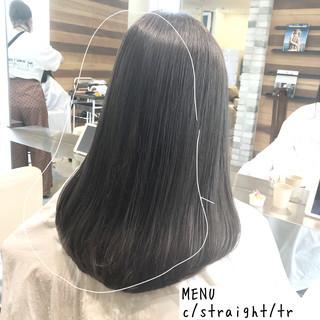 セミロング ストレート 縮毛矯正 グレージュ ヘアスタイルや髪型の写真・画像