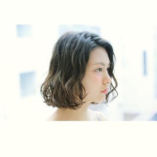 グラデーションカラー 暗髪 ボブ パーマ ヘアスタイルや髪型の写真・画像