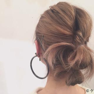 簡単ヘアアレンジ アッシュ ヘアアレンジ ハイトーン ヘアスタイルや髪型の写真・画像