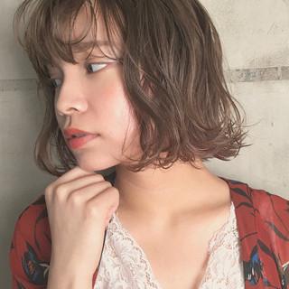 ハイライト ボブ 透明感 グレージュ ヘアスタイルや髪型の写真・画像