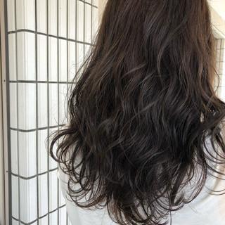 ブラウン デート アッシュ 暗髪 ヘアスタイルや髪型の写真・画像