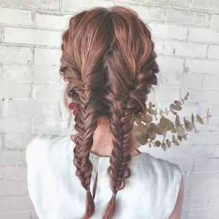 ナチュラル セミロング 簡単ヘアアレンジ パーティ ヘアスタイルや髪型の写真・画像