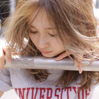 ハイライト アッシュ ストリート 渋谷系 ヘアスタイルや髪型の写真・画像