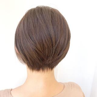 ショートヘア ミルクティー ショート ブリーチ無し ヘアスタイルや髪型の写真・画像