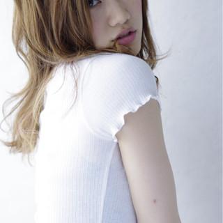 ガーリー 外国人風 大人かわいい ミディアム ヘアスタイルや髪型の写真・画像