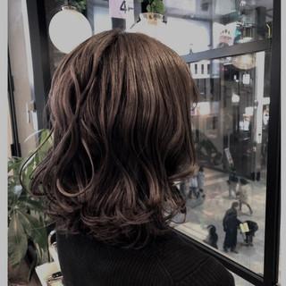 透明感 ボブ 大人かわいい グレージュ ヘアスタイルや髪型の写真・画像