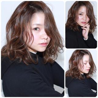 アッシュ ゆるふわ フェミニン ナチュラル ヘアスタイルや髪型の写真・画像