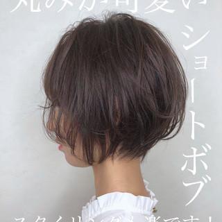 ベリーショート ウルフカット 切りっぱなしボブ ショート ヘアスタイルや髪型の写真・画像