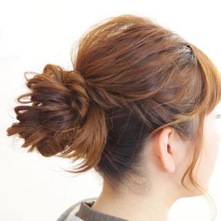 セミロング ヘアアレンジ アンニュイ ウェーブ ヘアスタイルや髪型の写真・画像