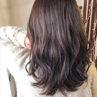 セミロング 女子力 デート 前髪あり ヘアスタイルや髪型の写真・画像