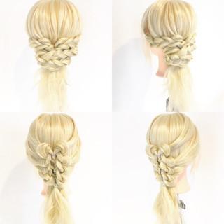 セミロング ショート 三つ編み 上品 ヘアスタイルや髪型の写真・画像