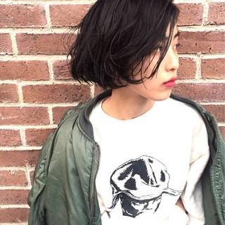 暗髪 ストリート ウェットヘア ボブ ヘアスタイルや髪型の写真・画像