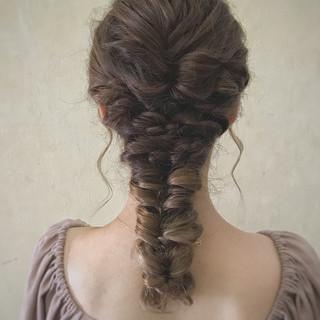 編みおろし ヘアアレンジ デート セミロング ヘアスタイルや髪型の写真・画像