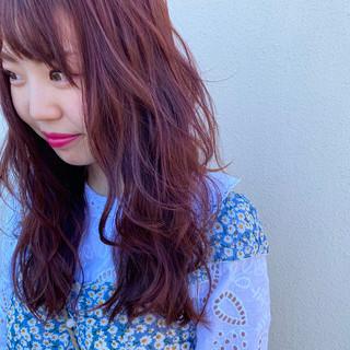 巻き髪 ピンクアッシュ ロング ピンクバイオレット ヘアスタイルや髪型の写真・画像