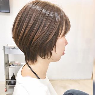 小顔ショート ショートボブ ショートヘア ショート ヘアスタイルや髪型の写真・画像