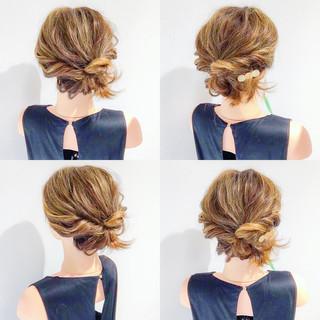 簡単ヘアアレンジ 上品 ボブ アウトドア ヘアスタイルや髪型の写真・画像