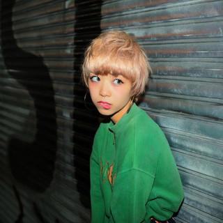 色気 ストリート ショート 前髪あり ヘアスタイルや髪型の写真・画像