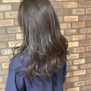ブルーアッシュ ナチュラル N.オイル ロング ヘアスタイルや髪型の写真・画像