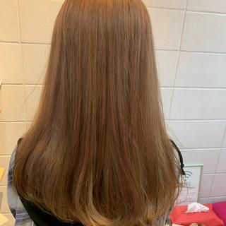 ベージュ ロングヘア ロング ミルクティーベージュ ヘアスタイルや髪型の写真・画像