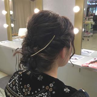 ミディアム ヘアアレンジ 愛され 上品 ヘアスタイルや髪型の写真・画像