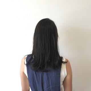梅雨 セミロング 秋 リラックス ヘアスタイルや髪型の写真・画像