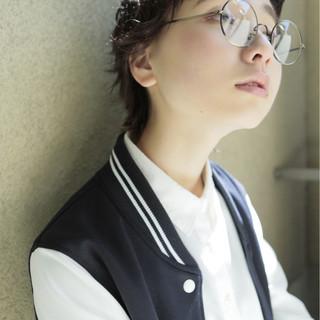 パーマ ショート 黒髪 外国人風 ヘアスタイルや髪型の写真・画像