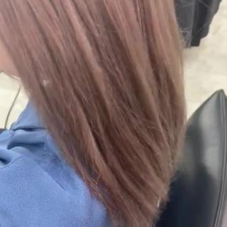 ロング ハイトーンカラー ミルクティーベージュ ピンクアッシュ ヘアスタイルや髪型の写真・画像