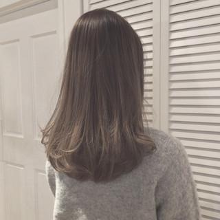 外国人風 外国人風カラー ダブルカラー セミロング ヘアスタイルや髪型の写真・画像