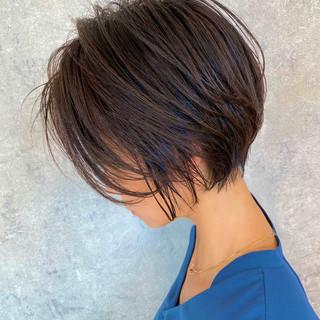 ショートボブ ショート 前下がりショート 前髪なし ヘアスタイルや髪型の写真・画像