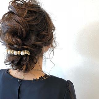 ナチュラル ママ 編み込み 結婚式 ヘアスタイルや髪型の写真・画像