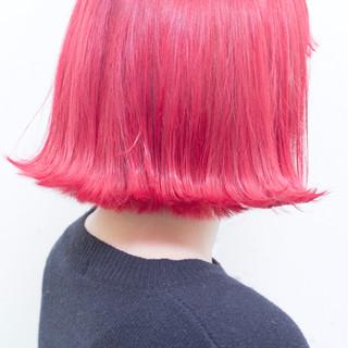 ボブ ピンク 切りっぱなし 色気 ヘアスタイルや髪型の写真・画像