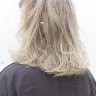 外国人風 ストリート アッシュ グラデーションカラー ヘアスタイルや髪型の写真・画像