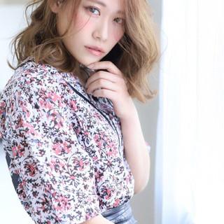 セミロング ナチュラル 大人女子 大人かわいい ヘアスタイルや髪型の写真・画像