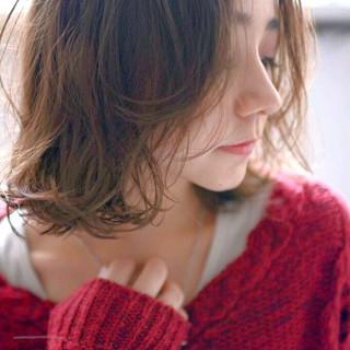 パーマ 外国人風 大人かわいい 小顔 ヘアスタイルや髪型の写真・画像