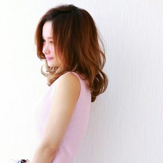 外国人風 ナチュラル ゆるふわ フェミニン ヘアスタイルや髪型の写真・画像