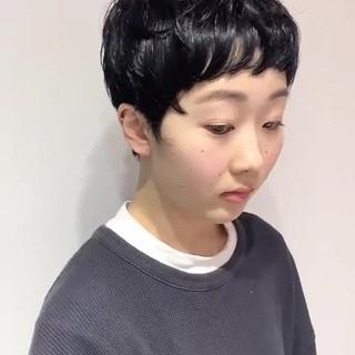 ショートヘア 黒髪ショート ショート ナチュラル ヘアスタイルや髪型の写真・画像