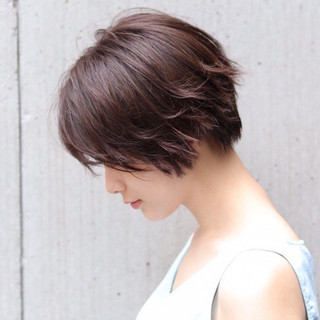 アンニュイほつれヘア デート ショートヘア ナチュラル ヘアスタイルや髪型の写真・画像