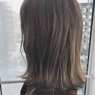 外国人風 ベージュ 透明感 カーキ ヘアスタイルや髪型の写真・画像