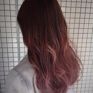 パープル グラデーションカラー ガーリー ロング ヘアスタイルや髪型の写真・画像