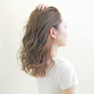 インナーカラー ダブルカラー 秋 セミロング ヘアスタイルや髪型の写真・画像