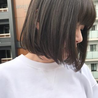 グレージュ デート ナチュラル 透明感 ヘアスタイルや髪型の写真・画像