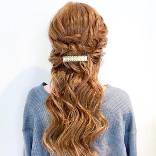 大人女子 簡単ヘアアレンジ 謝恩会 ヘアアレンジ ヘアスタイルや髪型の写真・画像