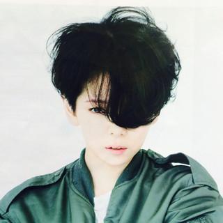 黒髪 暗髪 前髪あり パーマ ヘアスタイルや髪型の写真・画像
