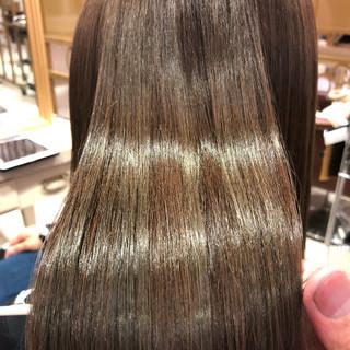 ハイライト ミルクティーベージュ フェミニン トリートメント ヘアスタイルや髪型の写真・画像
