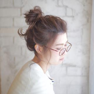 簡単ヘアアレンジ メッシーバン セミロング 大人かわいい ヘアスタイルや髪型の写真・画像