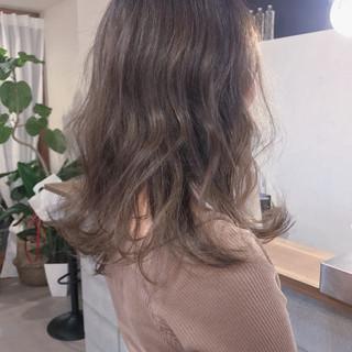 ゆるふわ アンニュイ ミディアム 外ハネ ヘアスタイルや髪型の写真・画像