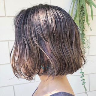 ボブ グラデーションカラー バレイヤージュ ナチュラル ヘアスタイルや髪型の写真・画像