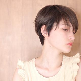 ウルフカット ベリーショート ナチュラル ショートヘア ヘアスタイルや髪型の写真・画像